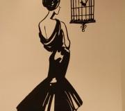 Mujer solitaria (H&M, Barcelona)