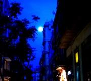 Enigmática luna llena (Gracia, Barcelona, juny 2012)